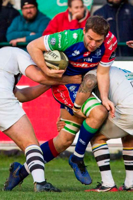 <div class='sports_nome'>Marco  Barbini</div><div class='sports_ruolo'>N.8/BLINDSIDE  FLANKER</div><div class='sports_actualteam'>Benetton  Rugby  Treviso</div><div class='sports_moreinfo'><a href='/players/marco_barbini' border=0><span>MORE INFO</span></a></div>